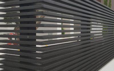גדר אלומניום בצבע שחור