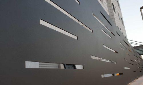 גדר מאלומיניום אטומה צבע שחור